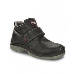 Bota new huracan light negro nº 40